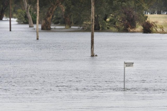Roads open in Stuarts Point however Evacuation Order remains in place
