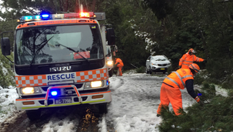 NSW SES tells communities to brace for windy weather