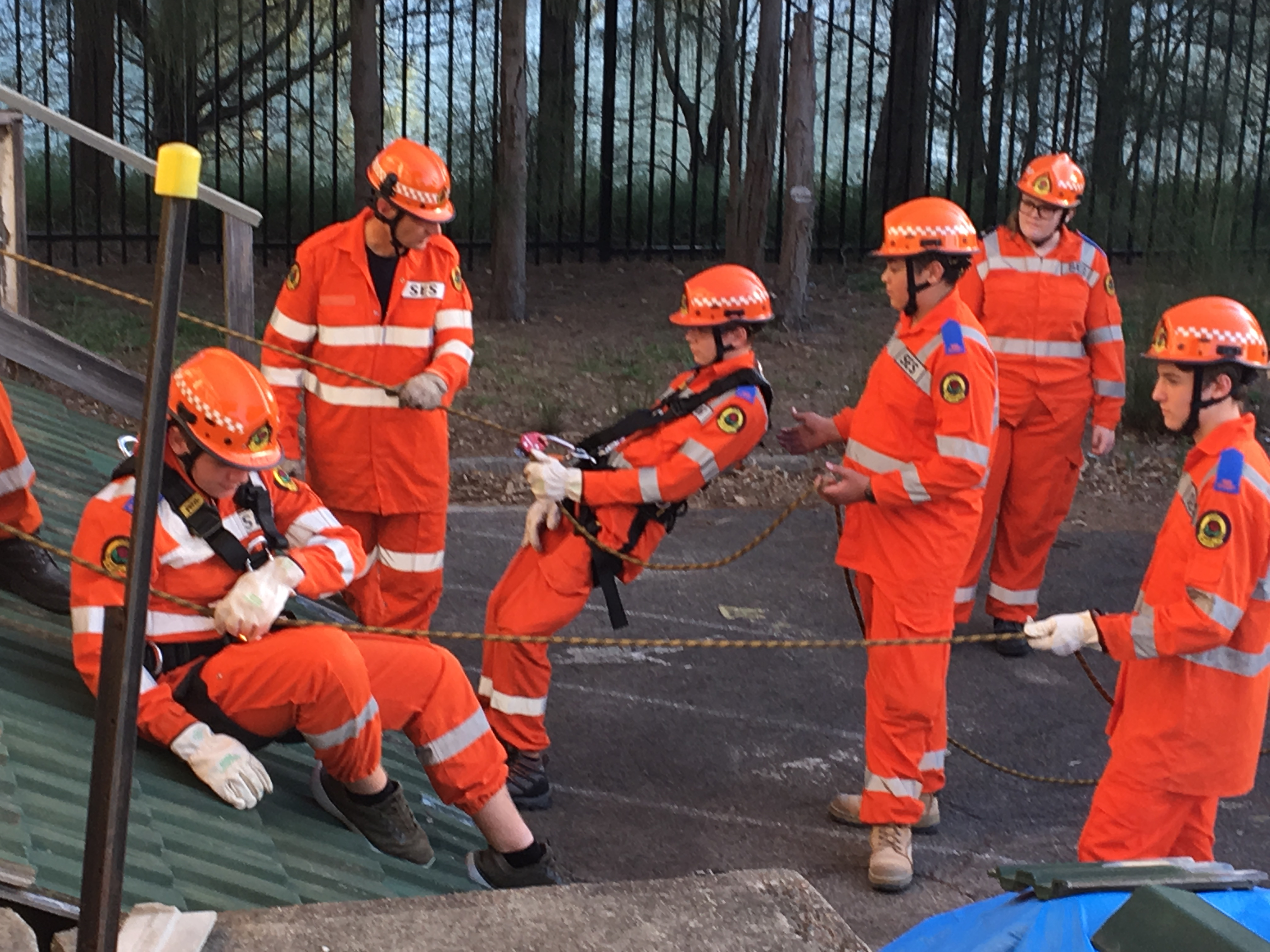 Newcastle Teens Complete New NSW SES Cadet Course